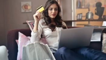 10 Tips for Shopping Safely Online